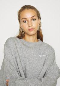 Nike Sportswear - CREW TREND - Sweatshirt - grey - 3