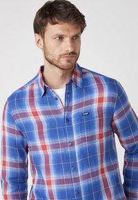 Wrangler - Shirt - limoges blue - 3