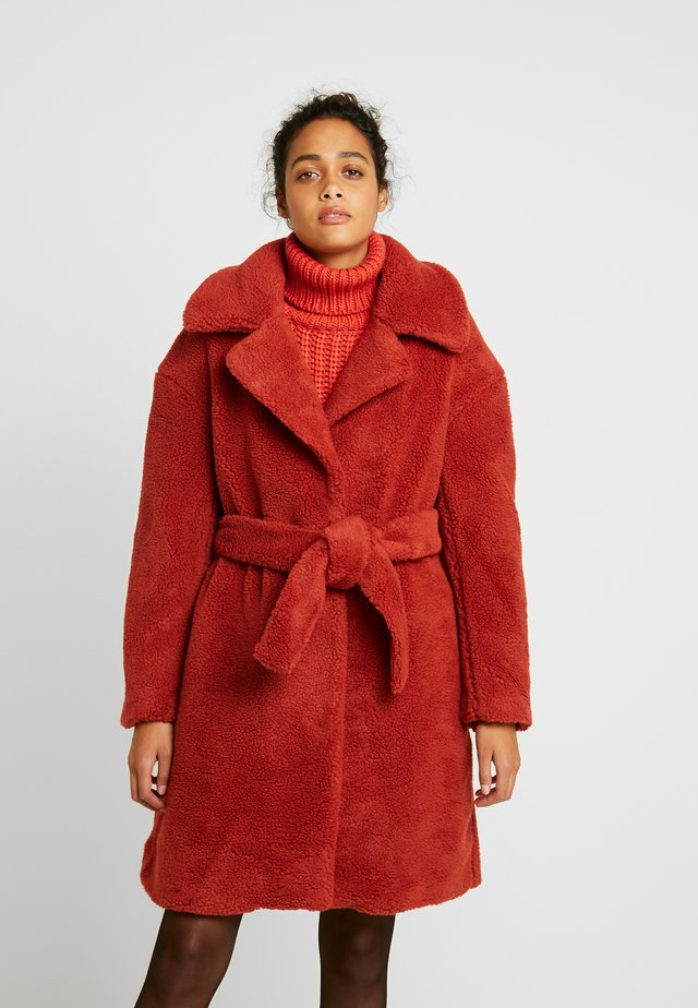BELTED COAT - Winterjas - burnt red