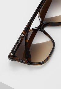 Alexander McQueen - Solbriller - brown - 4