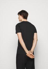 PS Paul Smith - Print T-shirt - black - 2