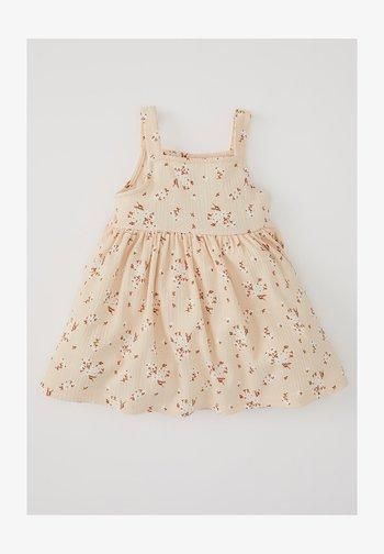 Day dress - ecru