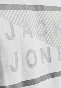 Jack & Jones - 3 PACK - T-shirt print - navy blazer - 6