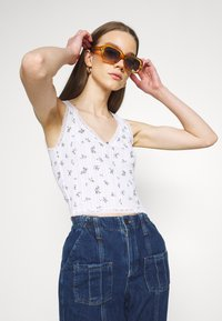 BDG Urban Outfitters - LOLA TRIM DITSY - Top - white - 3