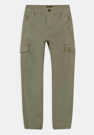 CASUAL - Pantaloni cargo - oil green