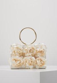 Mascara - Pochette - ivory - 2