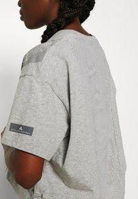 adidas by Stella McCartney - GRAPHIC TEE - Print T-shirt - grey - 4