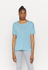 Nike Performance - LAYER - T-shirt basique - cerulean heather/glacier blue/light armory blue - 0
