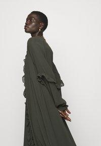 Bruuns Bazaar - MILLEH IDOH DRESS - Shirt dress - green night - 3