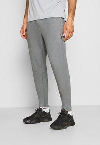 Nike Performance - DRY PANT RESTORE - Pantalones deportivos - iron grey heather/black - 0