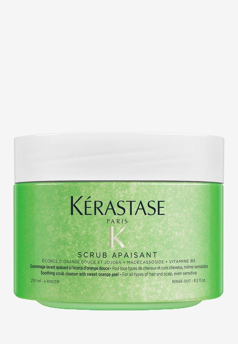KÉRASTASE - FUSIO SCRUB APAISANT KOPFHAUTPEELING - Hair treatment - -
