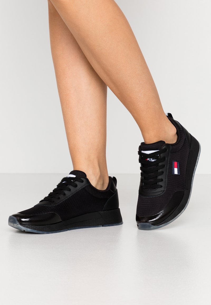 Tommy Jeans - FLEXI RUNNER - Trainers - black