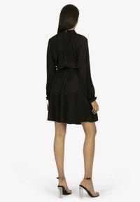 Apart - Jersey dress - schwarz - 1