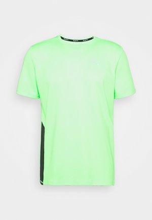 RUN FAVORITE TEE  - Camiseta estampada - elektro green/black