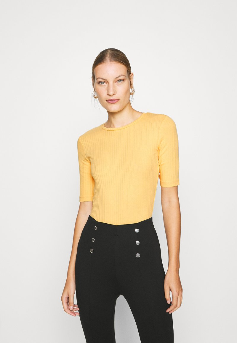 Anna Field - Basic T-shirt - ochre