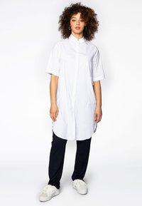 Yoek - Button-down blouse - white - 1