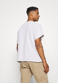 BDG Urban Outfitters - LOGO EMBROIDERED TEE UNISEX - T-paita - offwhite - 2