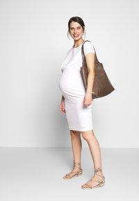 bellybutton - Denní šaty - gardenia - 1