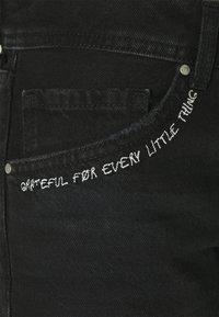 Pepe Jeans - THRASHER  - Denim shorts - dark blue - 6