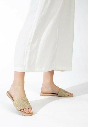 CATRIN - Slippers - beige