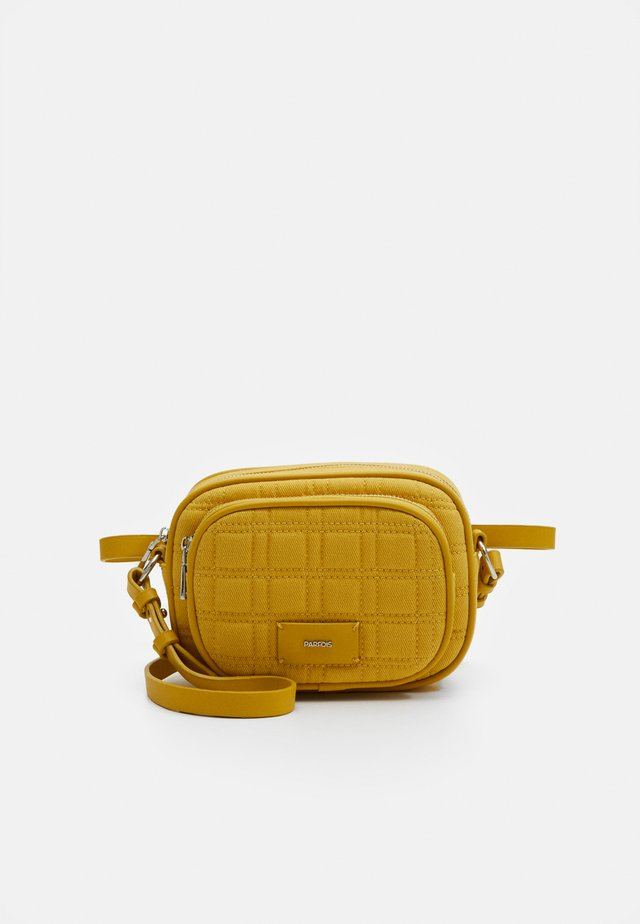 CROSSBODY BAG WAVE - Olkalaukku - yellow