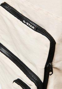 G-Star - E MULTIPOCKET  - Cargo trousers - whitebait - 3