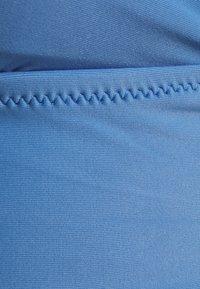 aerie - LONGLINE RUFFLE - Bikini top - blue lion - 2