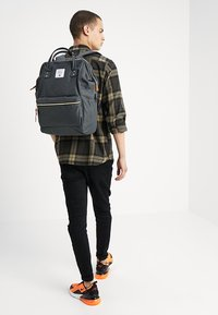 anello - TOTE BACKPACK COLOR BLOCK LARGE UNISEX - Rucksack - grey - 1