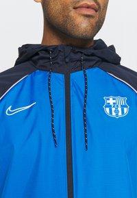 Nike Performance - FC BARCELONA  - Club wear - soar/noble red/obsidian/pale ivory - 3