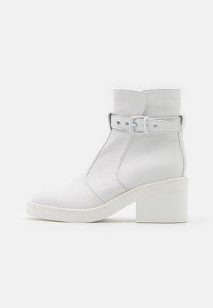 MATT  - Platform ankle boots - white
