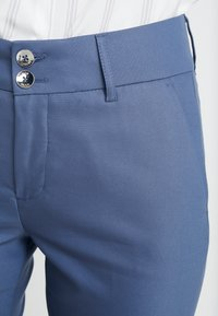 Mos Mosh - BLAKE NIGHT PANT SUSTAINABLE - Bukse - indigo blue - 4