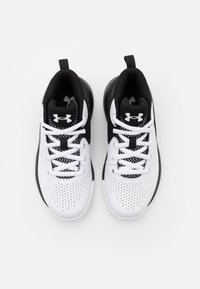 Under Armour - LOCKDOWN 5 UNISEX - Basketball shoes - white - 3