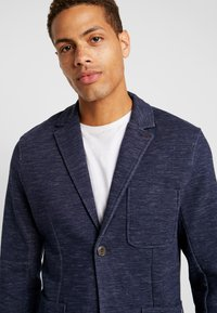 Jack & Jones PREMIUM - JPRSHOT SLIM FIT - Blazer jacket - navy blazer/melange - 3