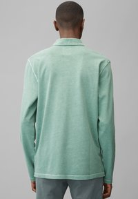 Marc O'Polo - LONG SLEEVE FLATLOCK DETAILS - Polo shirt - green bay - 2