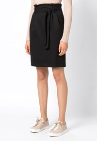 HALLHUBER - PAPERBAG-ROCK - Pencil skirt - black - 1