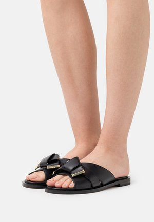 ADDISON - Pantofle - black