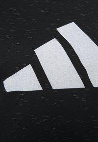 adidas Performance - WIN TEE - Print T-shirt - black melange - 2