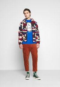 Another Influence - PRINTED BORG JACKET - Winterjas - multi - 1