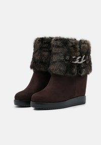 Laura Biagiotti Roma - High heeled ankle boots - brown - 2
