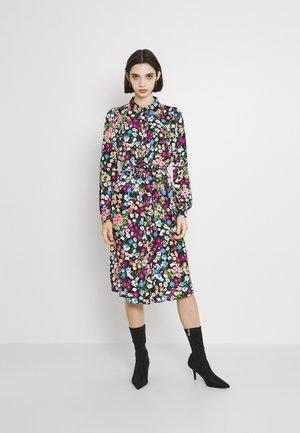 VMVEGA SHIRT DRESS - Robe chemise - black