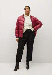 Violeta by Mango - MIT SEITLICHEN ZIPPERN - Winter jacket - fuchsia - 1