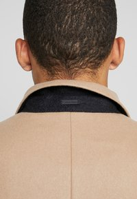 Calvin Klein Tailored - BLEND COAT - Kappa / rock - beige - 3