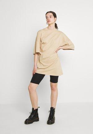 NMLEE SHORT DRESS - Jersey dress - beige