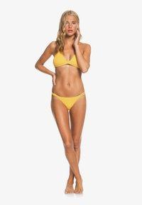 Roxy - MIND OF FREEDOM  - Bikini top - mineral yellow - 1