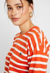 Blendshe - BSOLINE - Long sleeved top - orange/white - 4