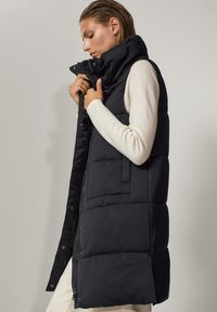 Massimo Dutti - Waistcoat - black - 4