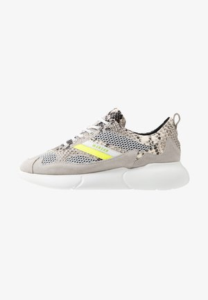 SNAKE NEON - Trainers - white