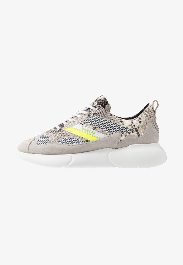SNAKE NEON - Sneakers basse - white