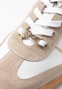 DL Sport - Sneakersy niskie - safran - 2