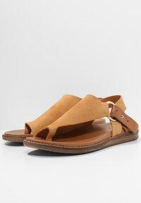 Inuovo - T-bar sandals - sd scissors csc - 3